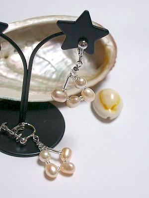 オーバル淡水+真円人工真珠イヤリング