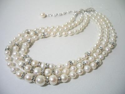 ホワイトパールマルチ3連ネックレス